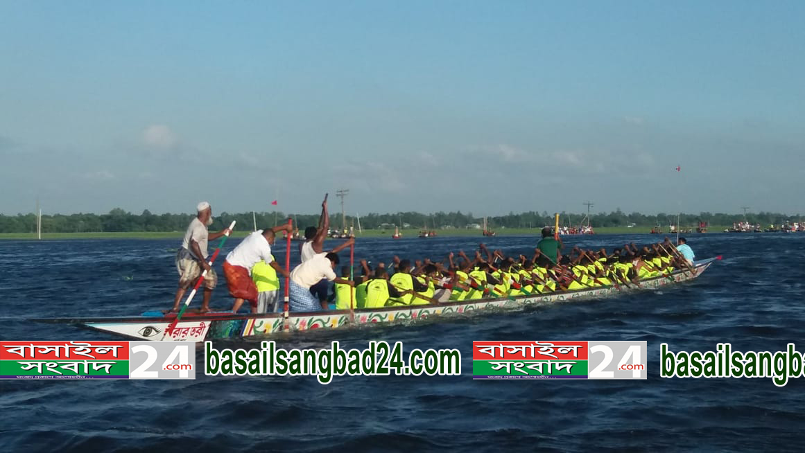 আজ সোমবার বাসুলিয়ায় নৌকা বাইচ প্রতিযোগিতা