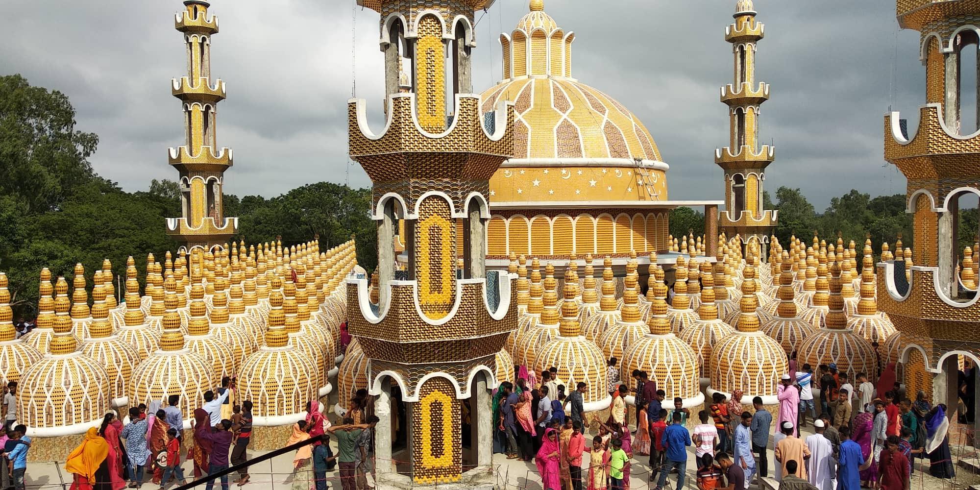 করোনা আতঙ্ক; ২০১ গম্বুজ মসজিদে জুমার নামাজ স্থগিত