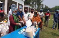 বাসাইলের আদাজান উত্তরপাড়া সুপার ক্লাবের উদ্যোগে খাদ্যসামগ্রী বিতরণ
