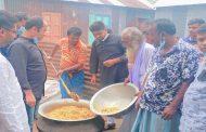 কালিহাতীতে শোক দিবসে মেয়রপ্রার্থী মনিরের উদ্যোগে গণভোজ