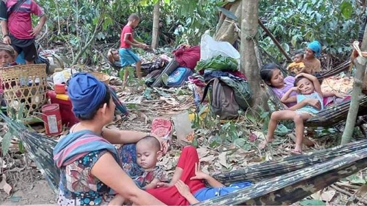 মিয়ানমার থেকে থাইল্যান্ডে আশ্রয় ৩ হাজার মানুষের
